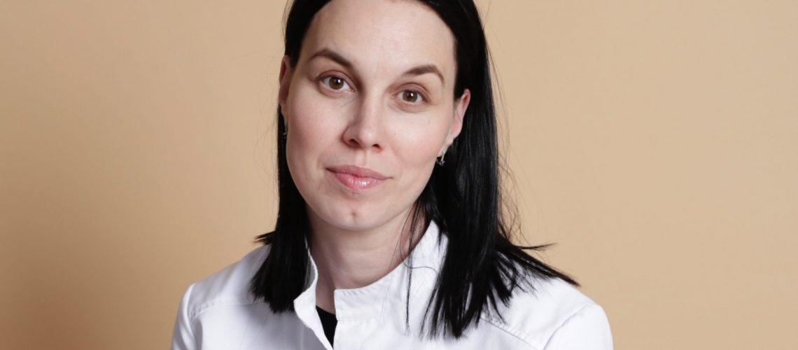 Dr. Dina Mihailova